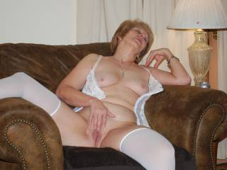 Omg your wife is sensational, love seeing such a horny, beautiful woman posing like this