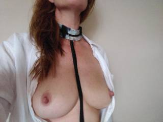I like being tied up and made to be naughty. Thinking of and knowing what you want to do turns me on. Be explicit.....