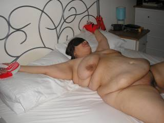 wife tied to bed