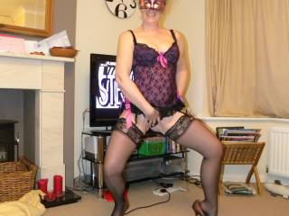 Damn I would love to have those beautiful legs in stockings wrapped around me!