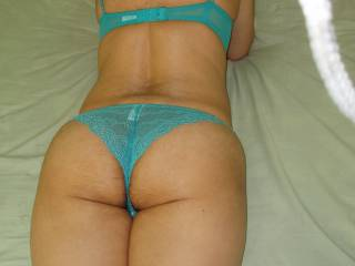 Wife showing her cute, sexy and hot ass more than lingeries