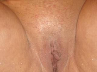 Clean shaved pussy, anyone want a lick?