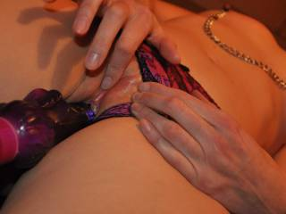 Rubbing her clit till she screams! Being tied up drives Jenna wild!!