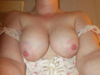 Big saggy tits for àll u guys who love droopy udders, my 36DD long tits