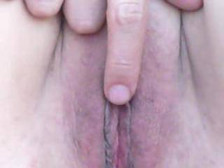 Love looking at that naked pussy.....spreads so sexxxy....NICE!