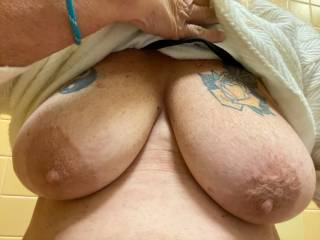 These nipples need some long hot suckling and nibble, would love some lips on them and then......