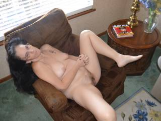 I\'m so horny I need some guys or gals to come fuck my brains out this weekend. Candi