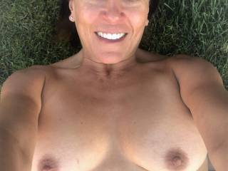 Melissa loves to be outdoors naked.....and loves to take pics of herself outdoors and naked...so here you go.....