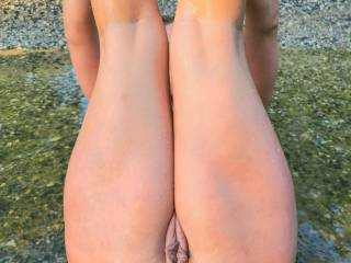 If u had 2 pick only 1 which would u choose my wife's asshole or her fat pussy