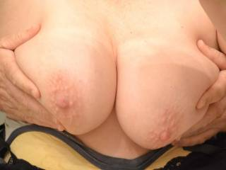 This is my sexy wife.. She has a great body, and sexy natural boobs. Let us know what you think?