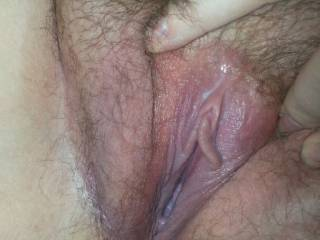 my wife took a beautiful pic of her very delicious pussy