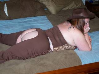 would love to fuck that sexy cowgirl