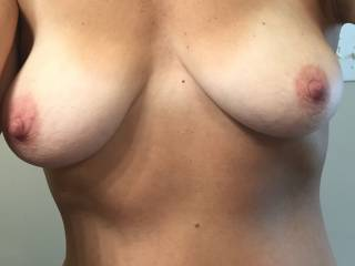 Just playing around at home and thought I\'d post a tit pic for you guys.