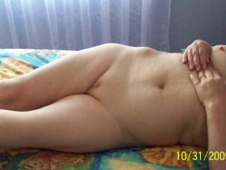 She has an amazingly gorgeous sexy body! Would love to play with her for hours!