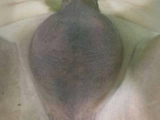 Open leg and butt waiting