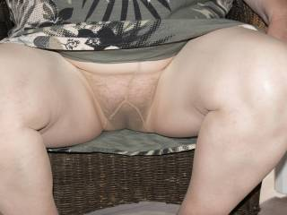 upskirt hairy married cunt in tan tights no knickers