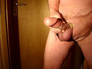 you have such a super cock, wide and long with a fantastic wide glans,beautifully flared. Love your action in this vid, just sliding forward your shaft skin to touch the rim of your fabulous circumcised bell end.