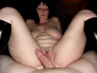 MMMMMMMMMM thats nice fine cock & pussy shot, wish that was my cock there mmmmmmmmmmmm