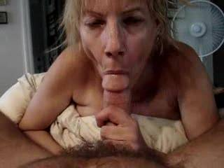 Wife loves to suck cock