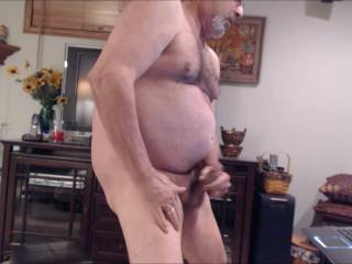 I would love to be there let you sit on my face while you jack off.  Great vid.  Love the ending too