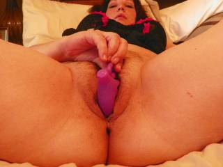 great shot.... this is one to masturbate to... lovely, hot pussy with toy....sexy slender fingers and a beautiful face ...nice