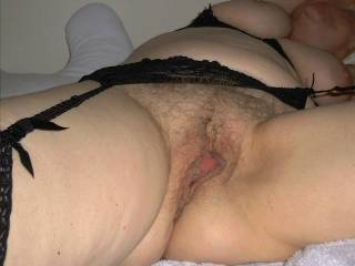 Would like to lick, fuck and cum all over that nice pussy