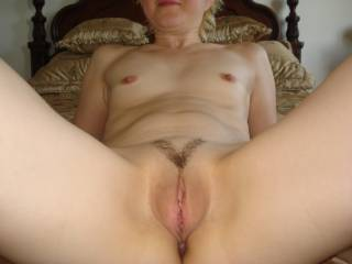 now thats just perrrrrrrrrrrrrfect small tit's shaved pussy yummy, love to see more of your sexy lil tit's xxxxxxx