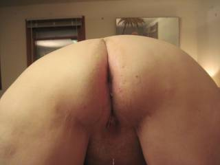 Just got done fucking my mature bbw.  The come is dripping out of her cunt!!!