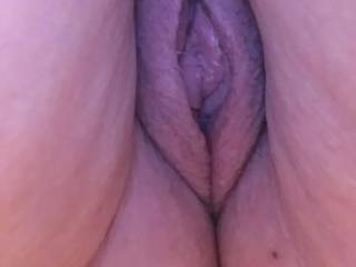 Any female friends like to join me in licking/eating this fine pussy???