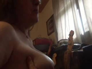 I show off my big butt my tits and a J.O..I on webcam cum load