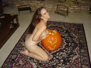 You should cum to my door that costume of yours.....I've got the perfect treat for you ;)