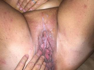 Nice!! I'd love to cum on and all over her big juicy pussy too..  I wouldn't be able to resist. So hot!!