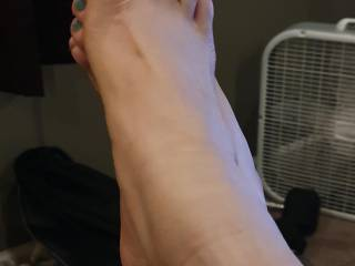 My Wifes pretty set of feet 4 yum