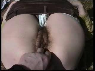 Beautiful hairy pussy and nice gorgeous lips.... soooo geil