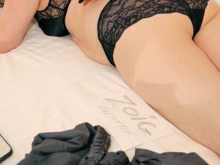 If I was the penguin , I'd crawl gently down your back to your bum. Softly slide around to your front , and kiss you gently on those lace panties.
