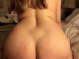 Big booty close up !!!!!!