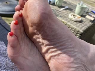 Feet in the sun.....