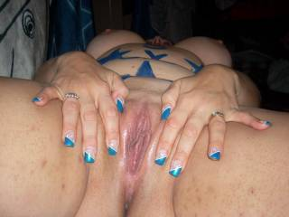 I love to see this cummin down on my face!!!!