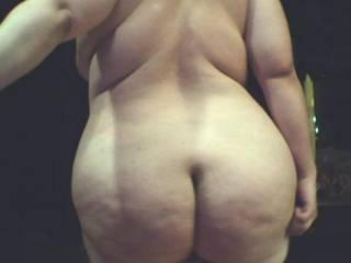 damn, hot big ass ! i wanna spank u'r fatty ass, i wanna put my hardcock berween u'r cheeks and fuck u doggy style deep and hard and a wanna cum all over u'r big round ass too !