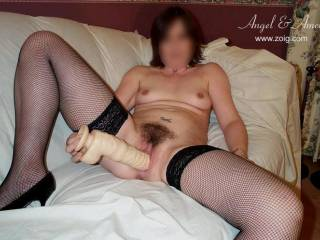 WOW  YOU SURE KNOW HOW TO GET A MAN READY TO HAVE THAT PUSSY AND FUCK YOU ALL NIGHT  AFTER LOOKING AT YOU PLAY WITH YOUR SELF