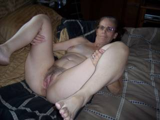 omg honey u have such a pretty tight hairy pussy!!
