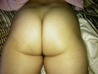 omfg i want to fuck tht phat juicy tight ass.
