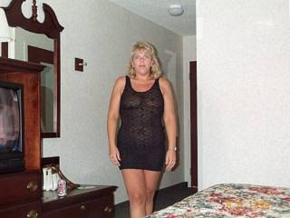 Found an older picture of Mrs Daytonohfun from here on zoig...she\'s been a swinger shared wife for awhile and has enjoyed every cock she\'s ever sucked or fucked!