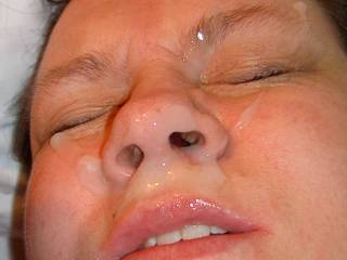 my first bukkake with cum on my face from several men, many strangers, they fucked me first an began to inseminate me on my tits but later all on my face, it was exciting, real fun to me