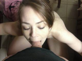 I would like to take pics of you while your sucking me.