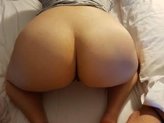 Big ass ready for doggystyle ;)
