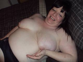 love someone to lick hubbies cum off me