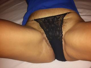 Love to give you a good licking and fucking  mmm