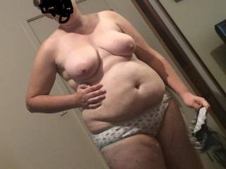 So do i ! Her milk bags hang really nicely and her big belly is so sexy, Nice thick legs too....she's very fuckable