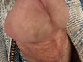 Just a closeup of my old dick's head.